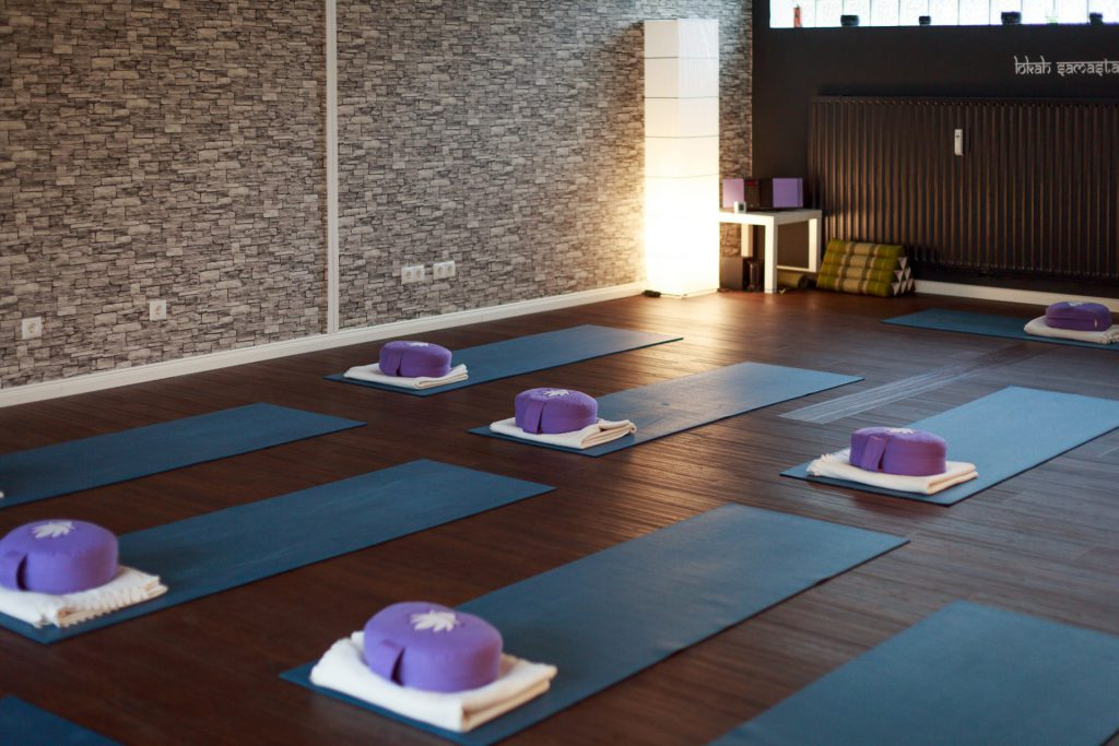 40 Stunden - Blick ins Yogastudio