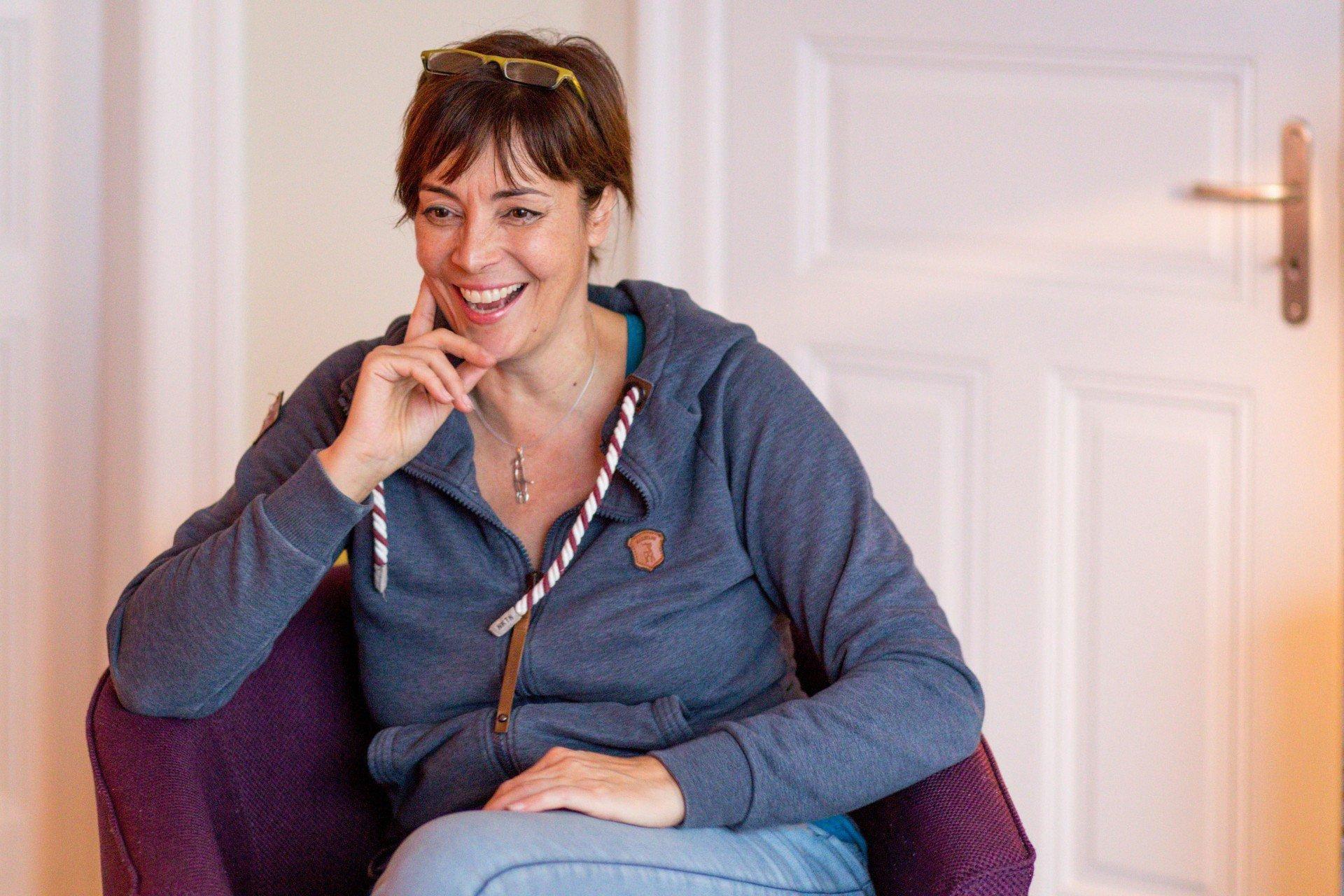 40 stunden - Ann-Marlene Henning - im Gespräch