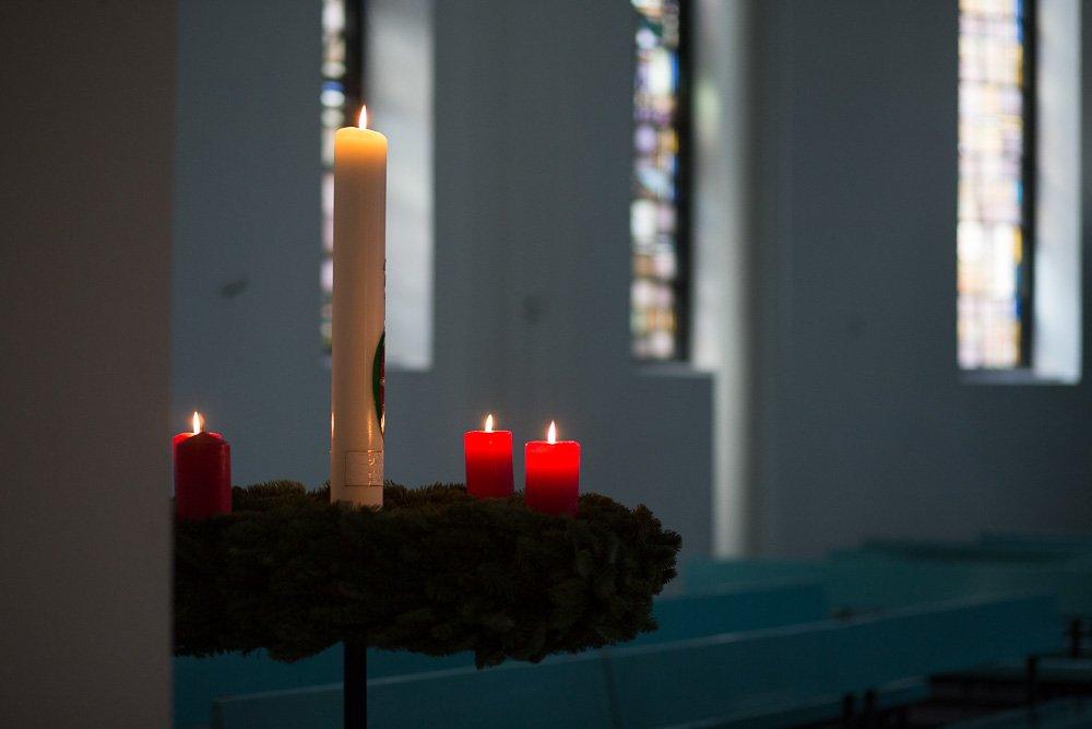 40 Stunden - Osterkerze und Adventskranz