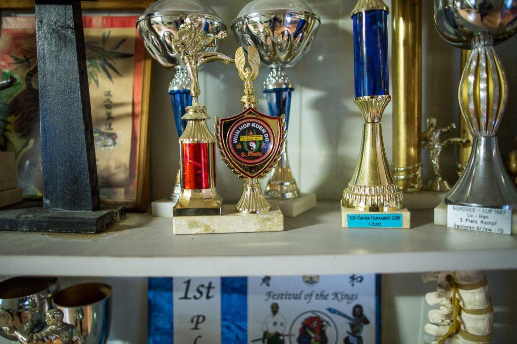 Pokale vom Kung Fu Meister_40 Stunden