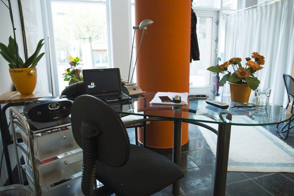 Schreibtisch in der Praxis Top in form_40Stunden