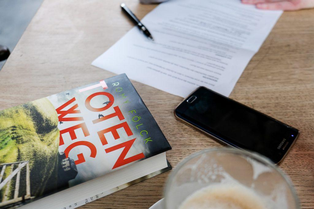 Buch Totenweg der Autorin_40Stunden